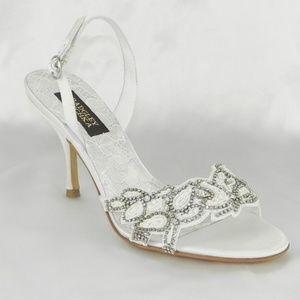 Badgley Mischka M1027B Naomi II White Bridal Shoes